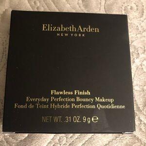 Elizabeth Arden Flawless Finish Makeup